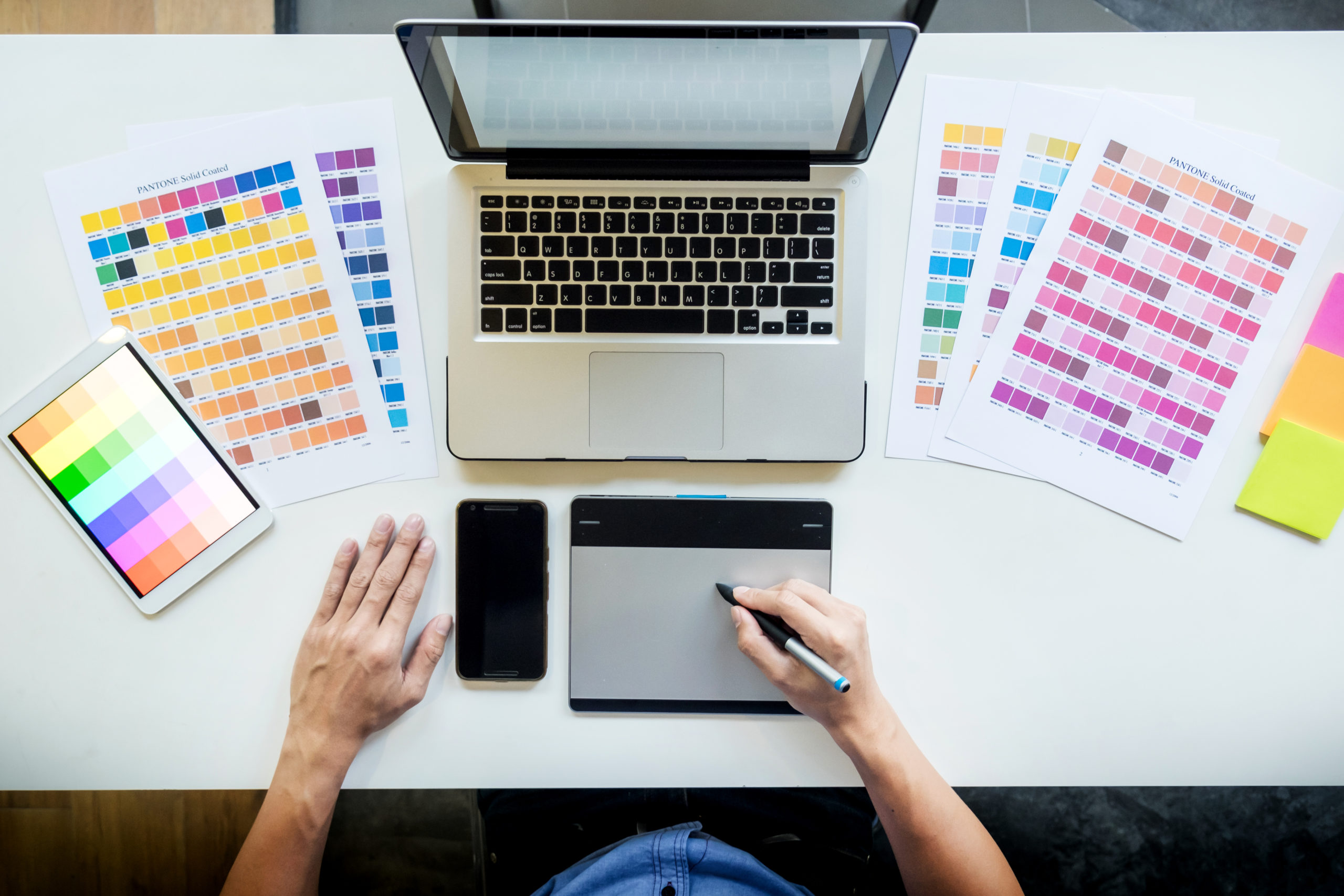 Vue bureau graphisme palettes